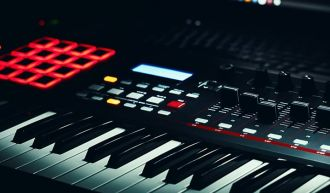 Get professionally produced beats & riddims for your next hit song.